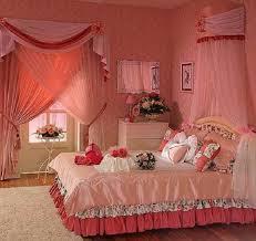 flower designing of decorating bed room
