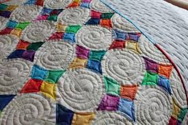 Pieceful Thoughts of My Quilting Life – & Periwinkle Gem - quilting detail - piecefulthoughts.com 2018 Adamdwight.com
