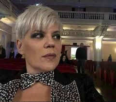 Maturità 2020, Manuela Villa sosterrà l'esame a 54 anni
