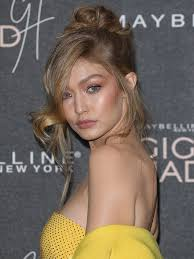 gigi hadid finished her belle of the ball look with a messy