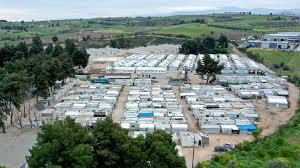 May 14, 2021 · griechenland macht wieder für deutsche urlauber auf. Corona In Fluchtlingslagern In Griechenland Kein Impfstoff Aber Mauern Der Spiegel