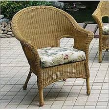 repaint refinish old wicker chairs