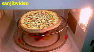 How To Cook A Pizza How To Make Chicken Pizza Step By Step In Microwave Oven Youtube