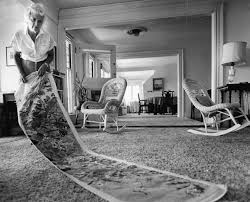 barbara bush displayed the needlepoint rug in the living room of the kennebunkport home