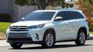 Toyota Highlander Hybrid Wins #1 SUV Award - Peruzzi Toyota Blog