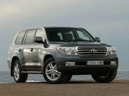 Toyota Land Cruiser V8 (2010) - pictures, information & specs