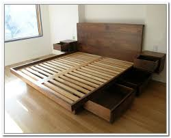 California King Storage Bed Frame carpinteria