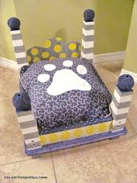 diy dog bed end table