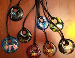 make a one of a kind kiln fused glass pendant for you or for a friend experience several options to create a jewelry piece that is your style
