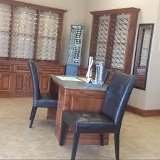 round table grass valley ca best spray paint for wood furniture