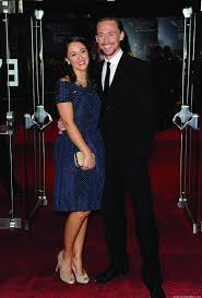 Tom Hiddleston Attends The Premiere For The Deep Blue Sea bei The Th Bfi  London Film Festival Tom Hiddleston Girlfriend Foto von Giusto36   Fans  teilen Deutschland Bilder
