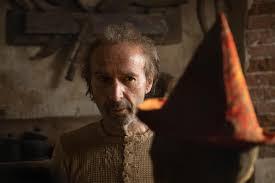 Nei panni di Geppetto, ecco Roberto Benigni sul set di Pinocchio: diffusa  la prima foto ufficiale - Gazzetta del Sud