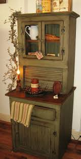 LOVE LOVE this old style cabinet for my kitchen or a breakfast nook in my  retirement farmhouse