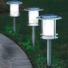 Top Rated Solar Path Lights The Best Solar Walkway Light Hammacher Schlemmer Solar