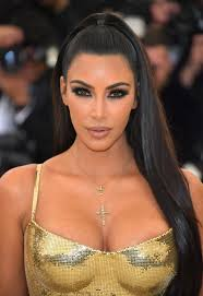 exclusive kim kardashian s makeup artist mario dedivanovic walks us through her met gala look