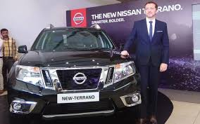 new car launches in hindi2017 Nissan Terrano launched in India at Rs 999 lakh  New