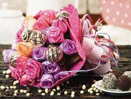 Paper Flower Bouquet Tutorial Make A Candy Flower Bouquet Diy Idea With Paper Roses And