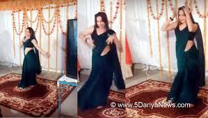 Reena Dwivedi Grooves To Sapna Choudharys Song