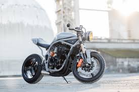 are we ready for a suzuki bandit cafe racer