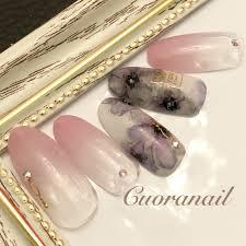 Cuoranailyumiさんのネイルデザイン花柄ネイルに関するスナップフォト