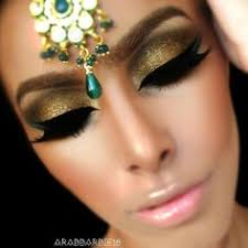gold eyeshadow with black eyeliner arabic makeup