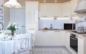 <b>Глянцевые фасады</b> для кухни (42 фото): инструкция по ...