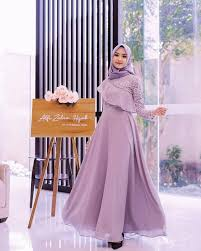 1,546 likes · 90 talking about this. 6 Tren Model Gaun Pesta Untuk Muslimah 2020