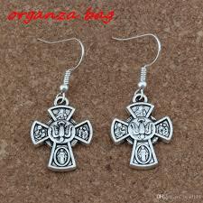 Großhandel Jesus Christus Kruzifix Kreuz Ohrringe Silber Fisch Ohr Haken Antik Silber Kronleuchter Schmuck 18x41mm A 248e Von Bead118 1857 Auf