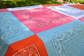 Aesthetic Nest: Sewing: Bandana Quilt Tablecloth (Tutorial) & Sewing: Bandana Quilt Tablecloth (Tutorial) Adamdwight.com