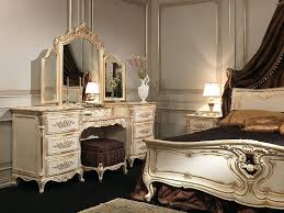 White And Gold Bedroom Set Image Of White And Gold Bedroom Furniture ...