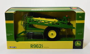 1 32 john deere r962i pull type sprayer daltons farm toys