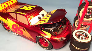 disney cars 3 toys lightning mcqueen racing center cast 1 24 scale disney pixar cars