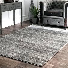 dark gray carpet runner post