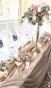 Brautpaar Tisch Mit Goldener Pailletten Decke Und