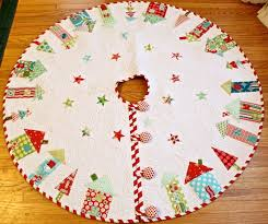 Christmas Tree Skirt Pattern Amazing Christmas Tree Skirt Quilt Patterns Free Quilt Patterns