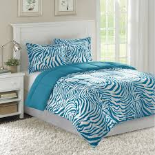 Turquoise White Bed Table Rug Curtain In Modern Bedroom
