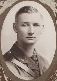 File:Captain Douglas W. McClurg photograph (1920).jpg - Wikimedia ...