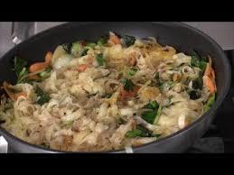 vegan vegetables stir fry rice noodles