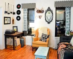 Best 25 Cute Living Room Ideas On Pinterest  Cute Apartment Home Decor Themes