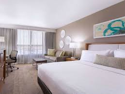 howard johnson plaza hotel miami airport hialeah gardens fl. Fine Johnson Hotel Howard Johnson Plaza Miami Airport Hialeah Gardens  Trivagoca U003e To Airport Fl A