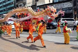 Barongsai memiliki sejarah ribuan tahun. Tari Naga Kesenian Khas Tionghoa Selain Barongsai Semua Halaman Bobo