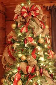 How to Decorate a Christmas Tree. Very good tutorial. I am so doing this