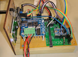 a high power dcc booster booster that would attach to a dcc signal and boost it before powering a track the booster is designed to work dcc digitrax and other systems