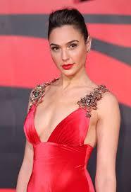 Wonder Woman Hair Style 25 best gal gadot wonder woman ideas gal gadot 5459 by wearticles.com