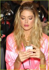 miranda kerr erin heatherton victoria s secret fashion show backse pics