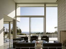 Minimalist Living Room Design 3alhkecom A Minimalist Living Room Employing Modern Kind Of Furniture