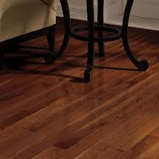 Dundee 3 14 Solid Red White Oak Hardwood Flooring in Cherry