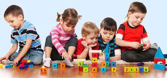 Bật mí cách chọn đồ chơi xếp hình cho bé phù hợp từng độ tuổi