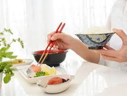 魚のDHAやEPAは朝に摂ると良い 「時間栄養学」が脂質代謝にも影響 | ニュース | 保健指導リソースガイド