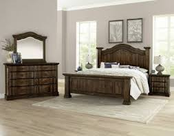 Vaughan-Bassett Rustic Hills Poster Bedroom Set in Coffee